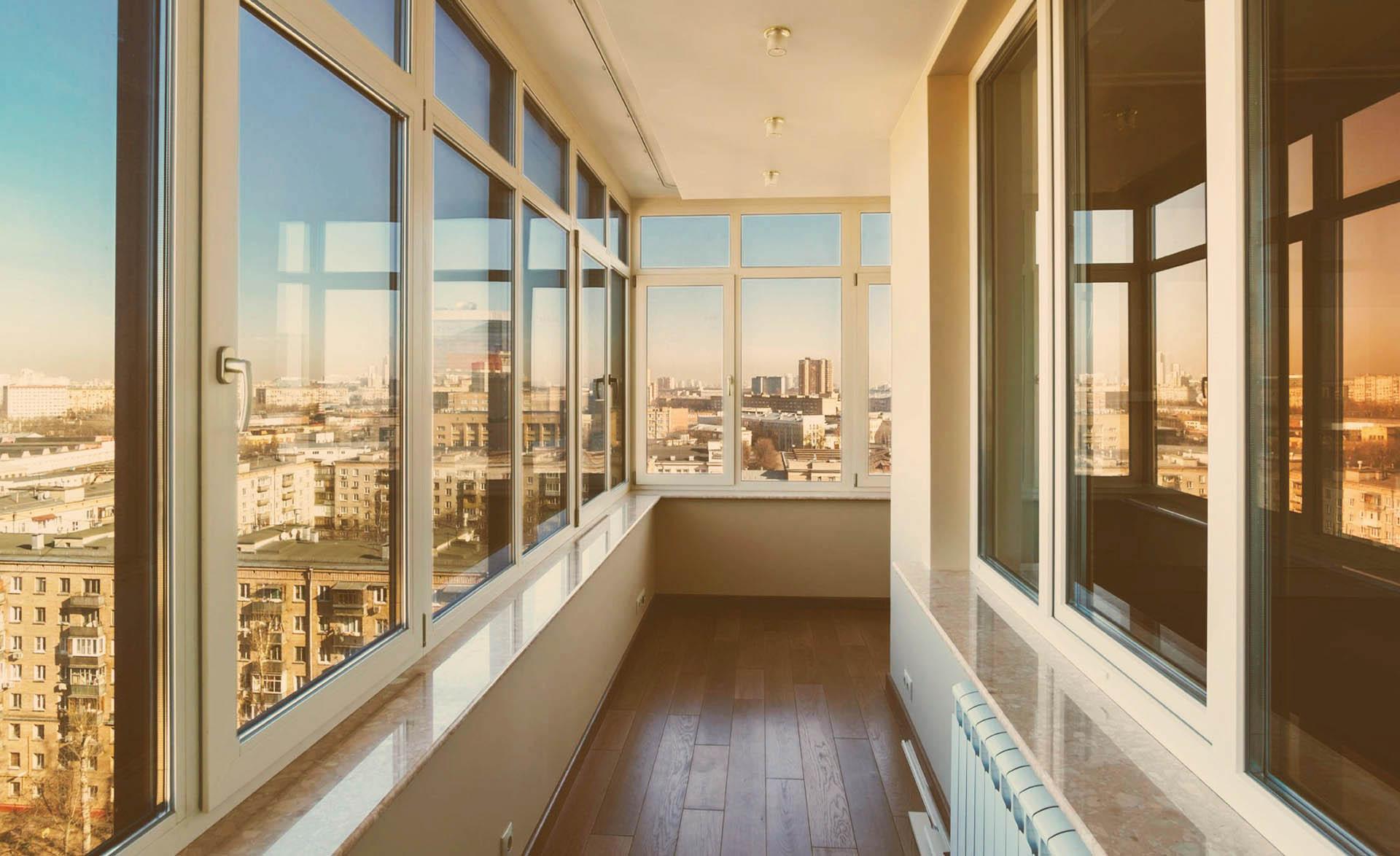 Куда обратиться для утепления балкона в Москве?
